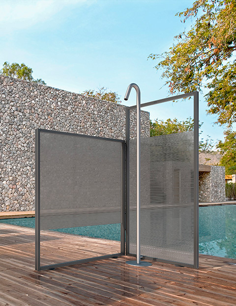 UNICA. THE EXCLUSIVE OUTDOOR SHOWER UNIT